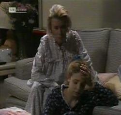 Helen Daniels, Hannah Martin in Neighbours Episode 2189