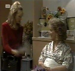 Annalise Hartman, Cheryl Stark in Neighbours Episode 2189