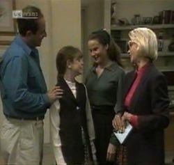 Philip Martin, Hannah Martin, Julie Martin, Helen Daniels in Neighbours Episode 2189