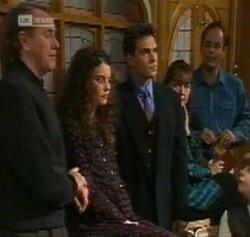 Doug Willis, Gaby Willis, Mark Gottlieb, Pam Willis, Philip Martin in Neighbours Episode 2189