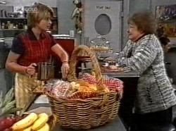 Danni Stark, Marlene Kratz in Neighbours Episode 2191