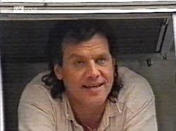 Dave Gottlieb in Neighbours Episode 2191