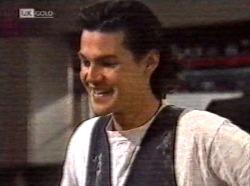 Sam Kratz in Neighbours Episode 2191