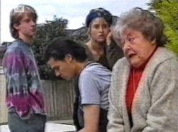 Brett Stark, Sam Kratz, Danni Stark, Marlene Kratz in Neighbours Episode 2192