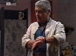 Lou Carpenter in Neighbours Episode 2192