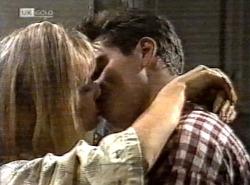 Annalise Hartman, Mark Gottlieb in Neighbours Episode 2192