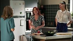 Jane Harris, Nicolette Stone, Chloe Brennan in Neighbours Episode 8593
