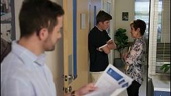 Curtis Perkins, Hendrix Greyson, Susan Kennedy in Neighbours Episode 8593