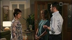 Susan Kennedy, Jane Harris, Curtis Perkins in Neighbours Episode 8594