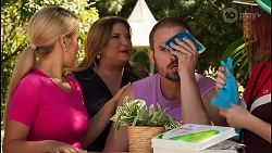 Roxy Willis, Terese Willis, Kyle Canning, Nicolette Stone in Neighbours Episode 8613
