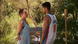 Bea Nilsson, Levi Canning in Neighbours Episode 8613