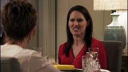 Susan Kennedy, Angela Lane in Neighbours Episode 8616