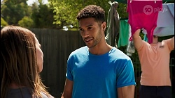 Bea Nilsson, Levi Canning, Kyle Canning in Neighbours Episode 8618