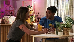 Bea Nilsson, Levi Canning in Neighbours Episode 8618