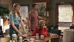 Mackenzie Hargreaves, Hendrix Greyson, Melanie Pearson in Neighbours Episode 8622