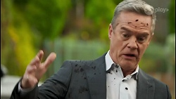 Paul Robinson in Neighbours Episode 8622