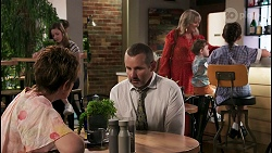 Susan Kennedy, Toadie Rebecchi, Melanie Pearson, Hugo Somers, Nell Rebecchi in Neighbours Episode 8623