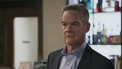 Paul Robinson in Neighbours Episode 8625