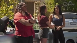 Sheila Canning 2, Bea Nilsson, Yashvi Rebecchi in Neighbours Episode 8627