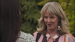 Angela Lane, Melanie Pearson in Neighbours Episode 8629