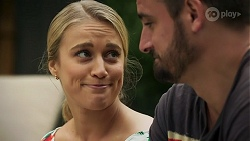 Roxy Willis, Kyle Canning in Neighbours Episode 8632
