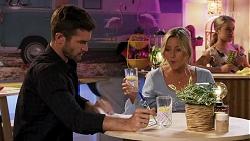 Ned Willis, Amy Greenwood, Roxy Willis in Neighbours Episode 8632