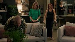 Clive Gibbons, Jane Harris, Nicolette Stone, Chloe Brennan in Neighbours Episode 8633