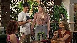 Nicolette Stone, Hendrix Greyson, Mackenzie Hargreaves, Chloe Brennan in Neighbours Episode 8633