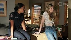 Yashvi Rebecchi, Mackenzie Hargreaves in Neighbours Episode 8635