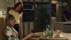 Chloe Brennan, Nicolette Stone, David Tanaka in Neighbours Episode 8639