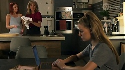 Nicolette Stone, Jane Harris, Chloe Brennan in Neighbours Episode 8643