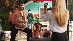 Ned Willis, Amy Greenwood, Roxy Willis in Neighbours Episode 8648