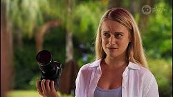 Roxy Willis in Neighbours Episode 8648