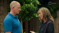 Clive Gibbons, Jane Harris in Neighbours Episode 8651
