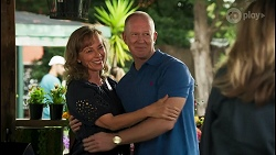 Jane Harris, Clive Gibbons, Melanie Pearson in Neighbours Episode 8651