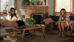 Dipi Rebecchi, Amy Greenwood in Neighbours Episode 8655