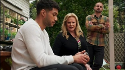 Levi Canning, Sheila Canning, Kyle Canning in Neighbours Episode 8656