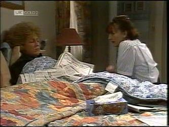 Cheryl Stark, Pam Willis in Neighbours Episode 2151