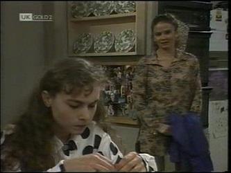 Debbie Martin, Julie Martin in Neighbours Episode 2180