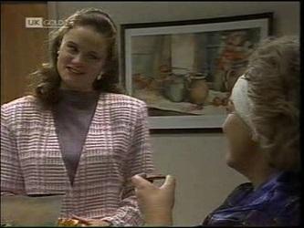 Julie Martin, Cheryl Stark in Neighbours Episode 2180