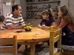 Philip Martin, Hannah Martin, Debbie Martin in Neighbours Episode 2193