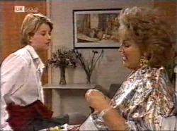 Danni Stark, Cheryl Stark in Neighbours Episode 2196