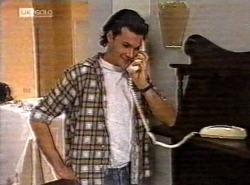 Sam Kratz in Neighbours Episode 2198