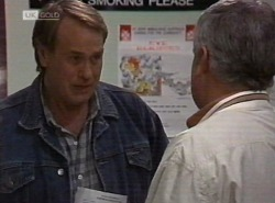 Doug Willis, Lou Carpenter in Neighbours Episode 2202
