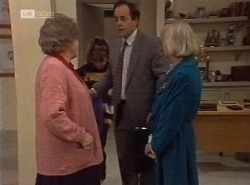 Marlene Kratz, Hannah Martin, Philip Martin, Helen Daniels in Neighbours Episode 2202