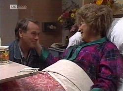 Doug Willis, Cheryl Stark in Neighbours Episode 2202