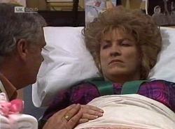 Lou Carpenter, Cheryl Stark in Neighbours Episode 2202