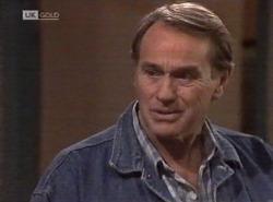 Doug Willis in Neighbours Episode 2202