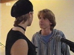 Danni Stark, Brett Stark in Neighbours Episode 2202