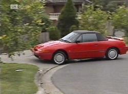 in Neighbours Episode 2204